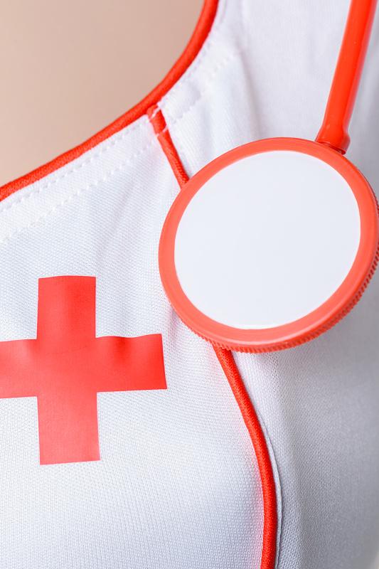 костюм медсестры candy girl angel (платье, стринги, головной убор, стетоскоп), белый, xl, tfa-841012-wht-xl TFA-841012-WHT-XL